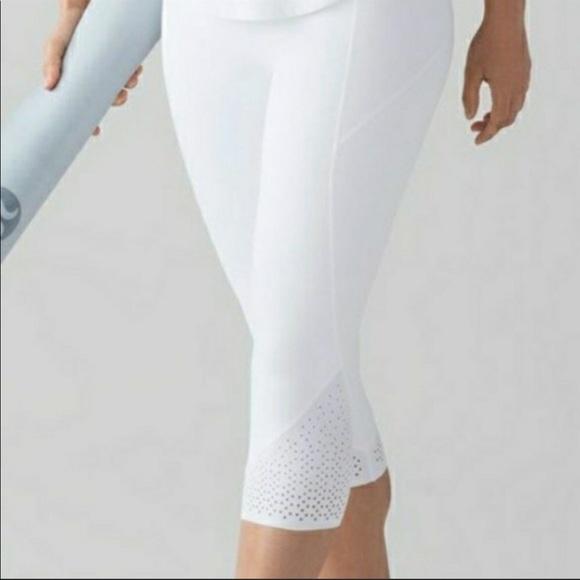 Lululemon Anew Crop Leggings- White- Size 8